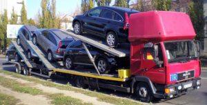 Транспортировка легковых автомобилей с помощью автовозов