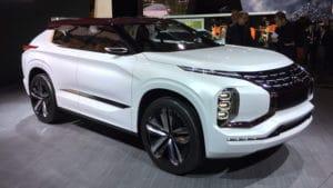 Mitsubishi GT-PHEV Concept звезда Парижа